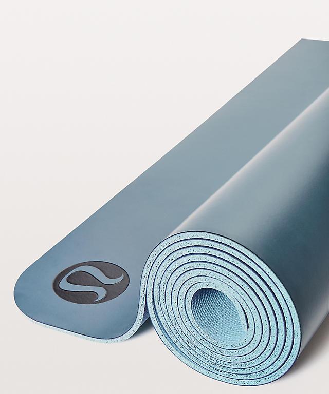 5 Top Rated Yoga Mats According To Yoga Teachers